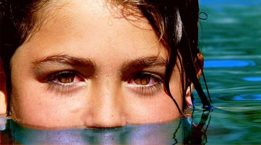 Remedio casero la manzanilla buena para los ojos irritados en verano
