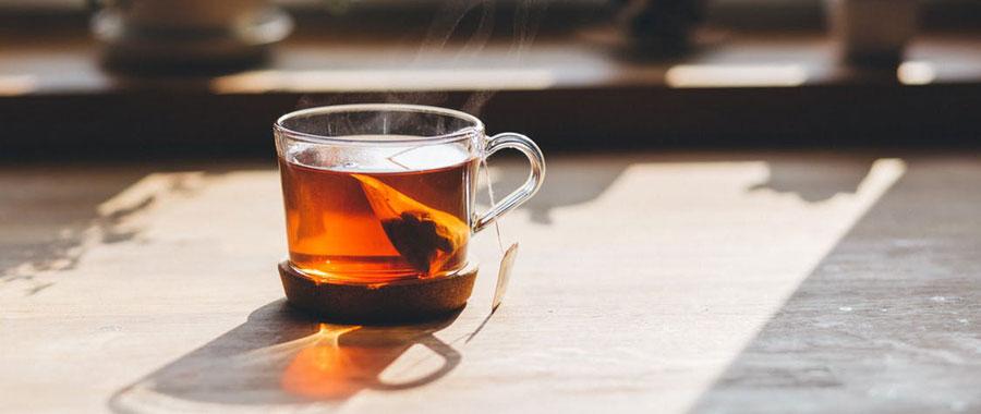 semper tea té oolong es un té clásico, de procedencia china, tradicional y muy conocida, que en el proceso de fabricación se queda entre el té verde y el té negro fermentado