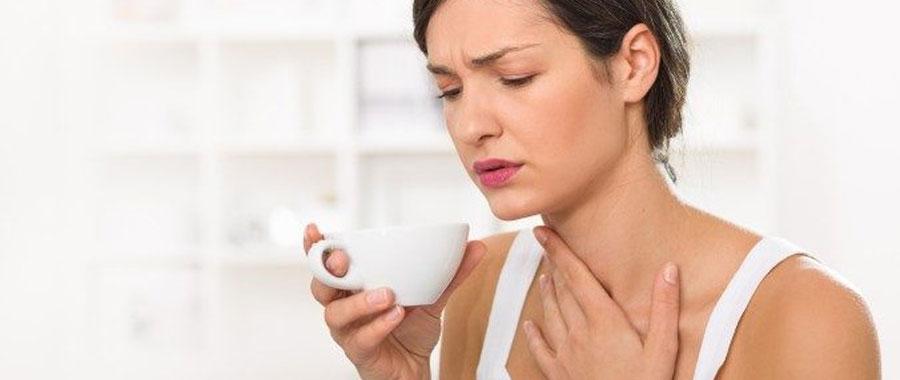 como quitar el dolor de la garganta con manzanilla