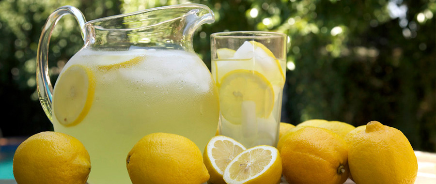 ¿te atreves a inventar tu propia receta de limonada?. Nosotros te damos una que seguro saciará tu sed, y te refrescará especialmente en los día calurosos del verano.