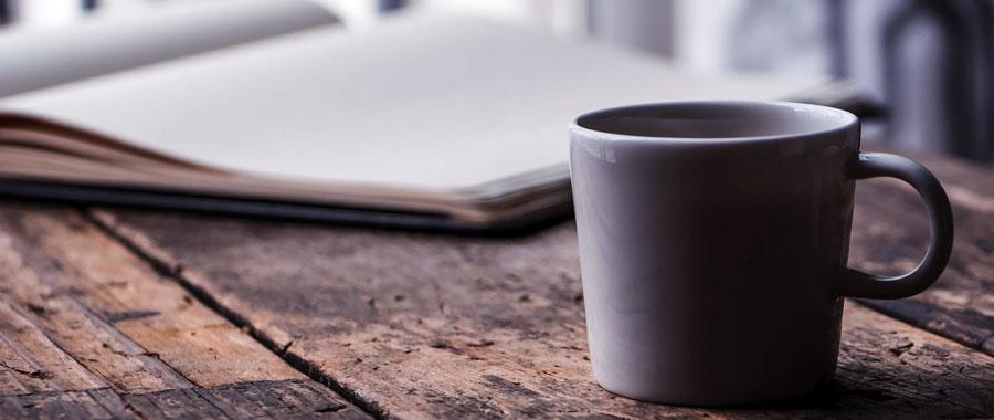 . La cafeína del té verde actúa con mayor suavidad, proporcionando mayor bienestar, evitando así el nerviosismo o la sensación de fatiga que producen habitualmente otras bebidas.