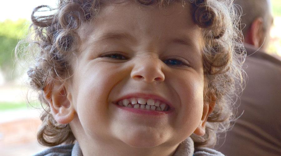 El efecto de la manzanilla para combatir los cólicos en bebés y niños