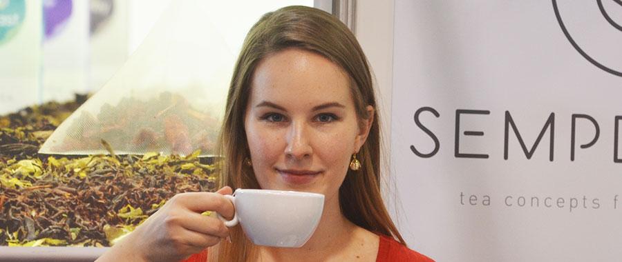 ¡Esto es disfrutar los días de invierno con tu té favorito!