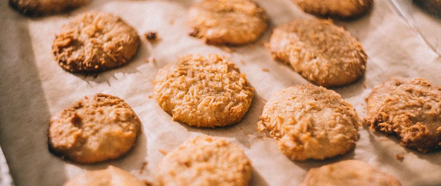 Puedes usar este concentrado para endulzar galletas navideñas para afinar su sabor y darles un toque diferente.