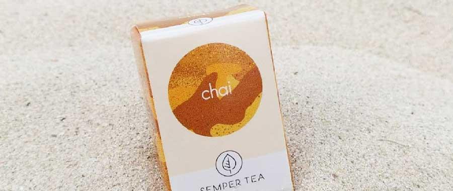 te chai frio semper tea te en piramide