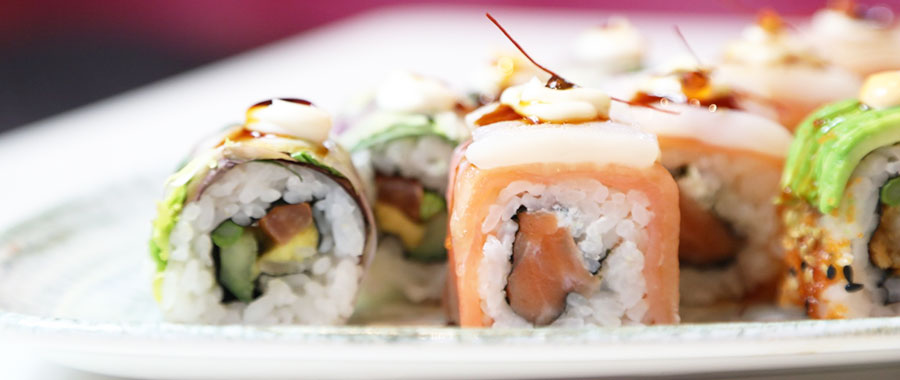 te verde y sushi en miss sushi semper tea