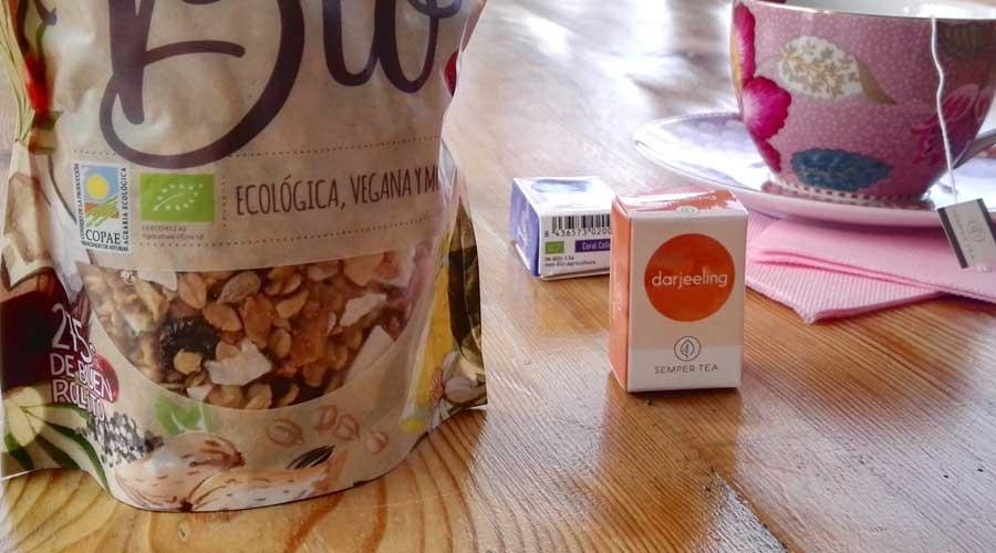 Desayuno saludable de la mano de Semper Tea y granola La Newyorkina