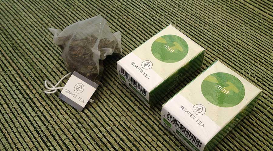 Tee in 100% biologisch abbaubaren Tee Pyramiden kaufen
